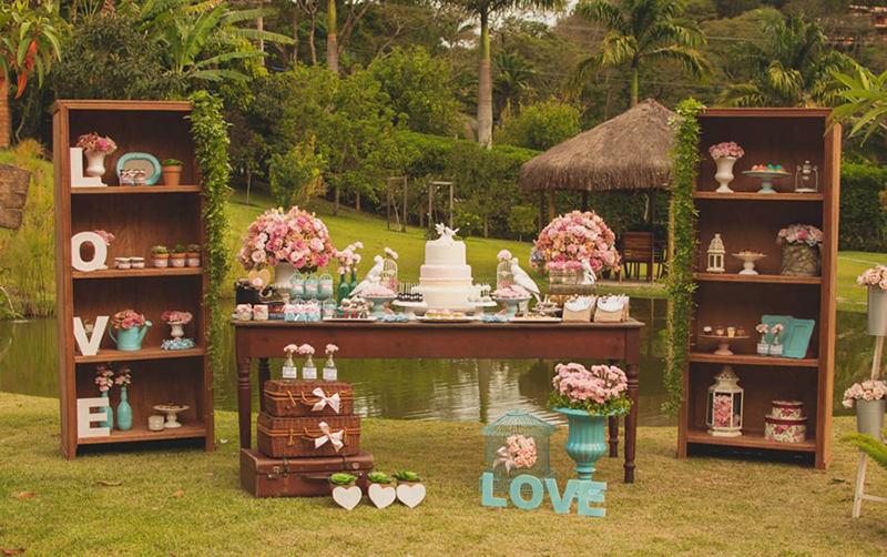 inspiracao-mesa-de-bolo-de-casamento-ideias-decoracao-mesa-de-doces-2