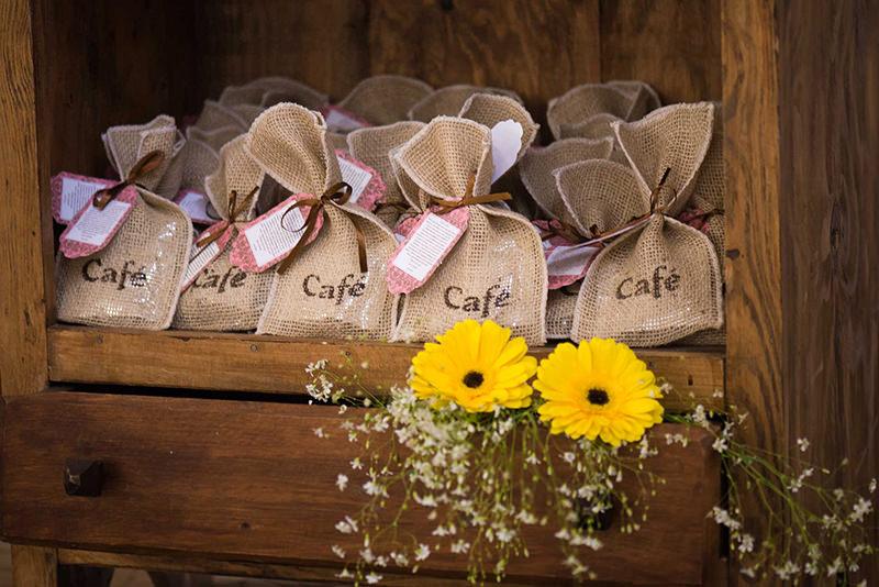 lembrancinha-noivado-graos-de-cafe