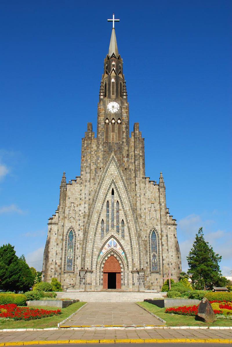 lua-de-mel-no-brasil-catedral-de-pedra-canela-rs