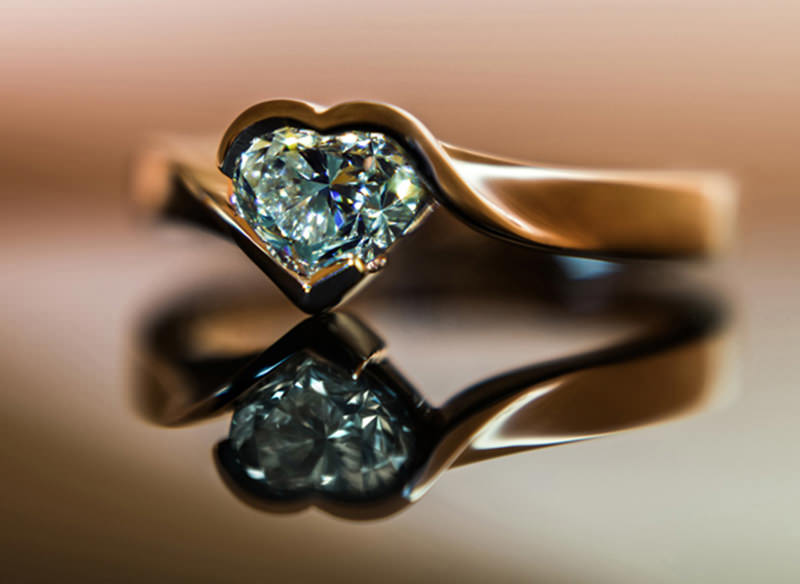 anel-de-noivado-coracao-para-noivado-moderno