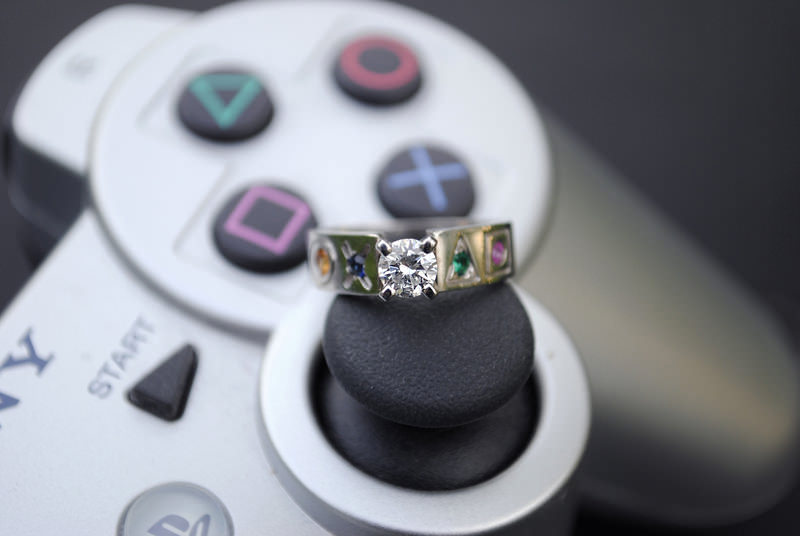 anel-de-noivado-playstation