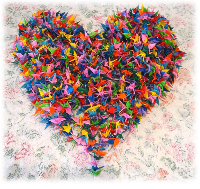 decoracao-de-casamento-com-origami-coracao-com-tsuru-1