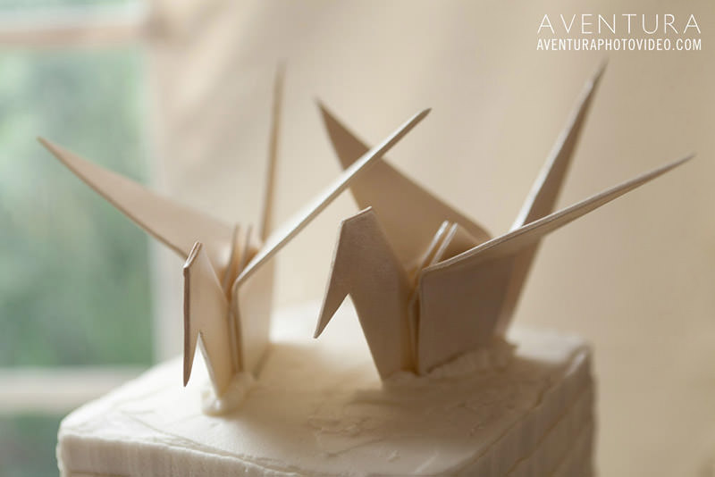 decoracao-de-casamento-com-origami-topo-do-bolo-17