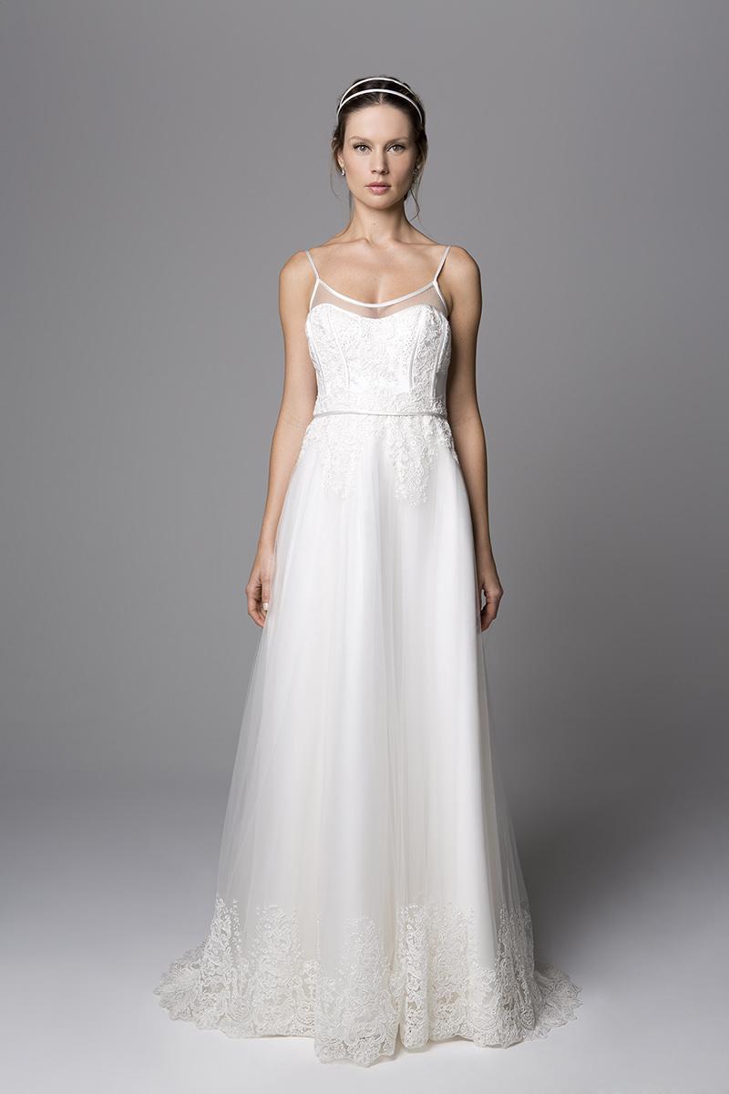 vestidos-de-noiva-simples-com-alca-fina-para-você-se-inspirar-8