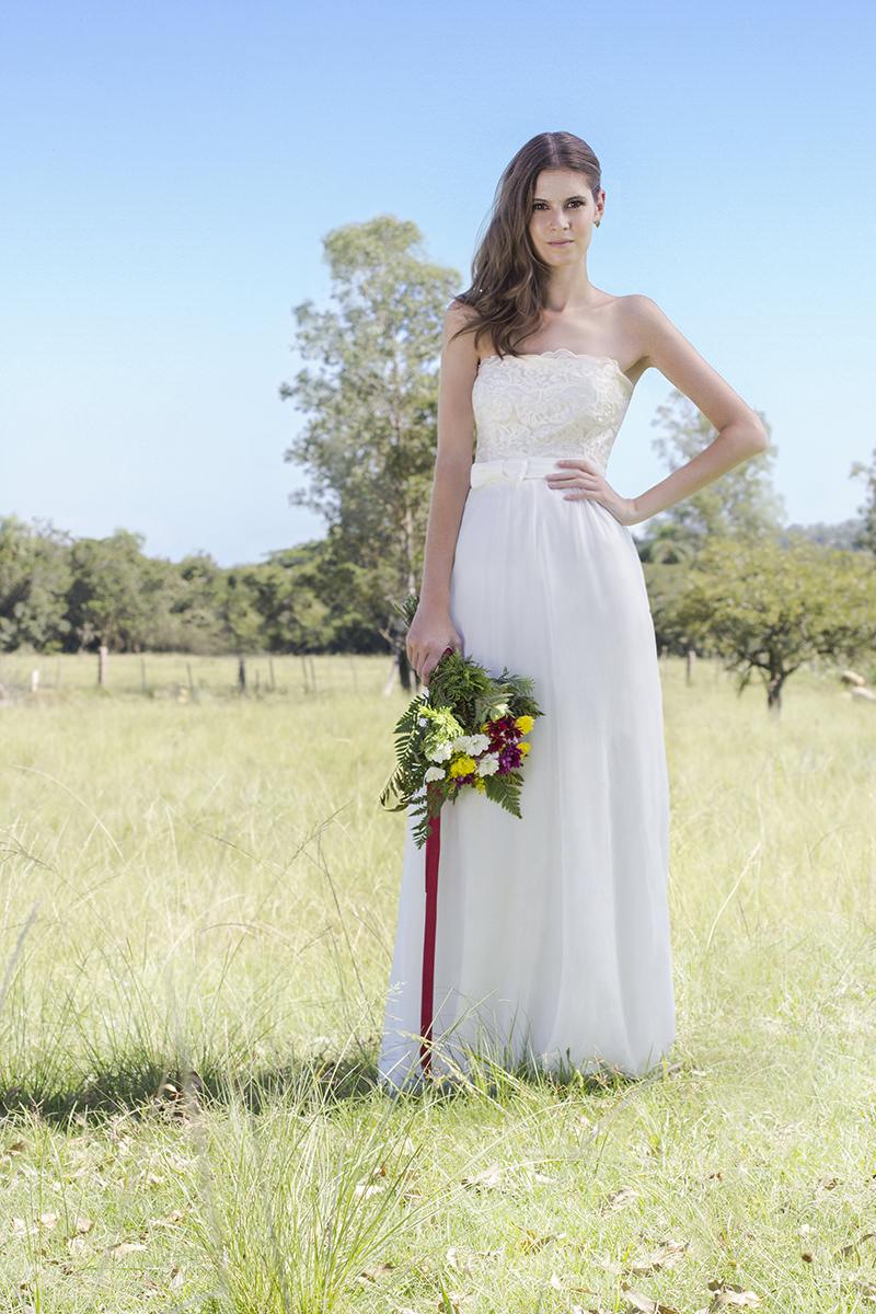 vestidos-de-noiva-simples-para-casamento-no-campo-23