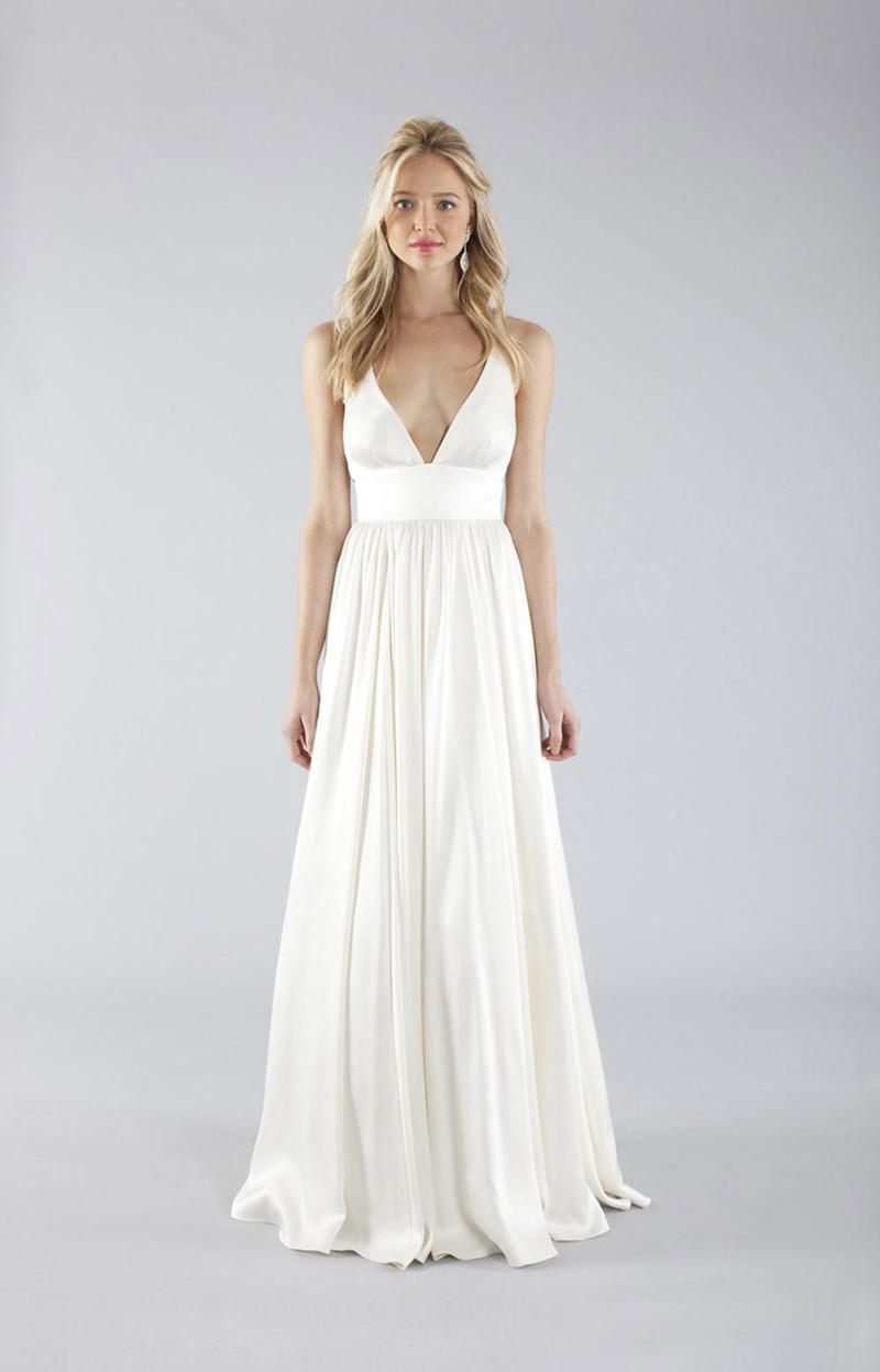 vestidos-de-noiva-simples-para-casamentos-na-praia-33