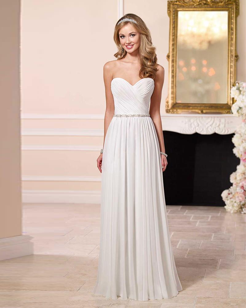 vestidos-de-noiva-simples-sem-alca-para-você-se-inspirar-31