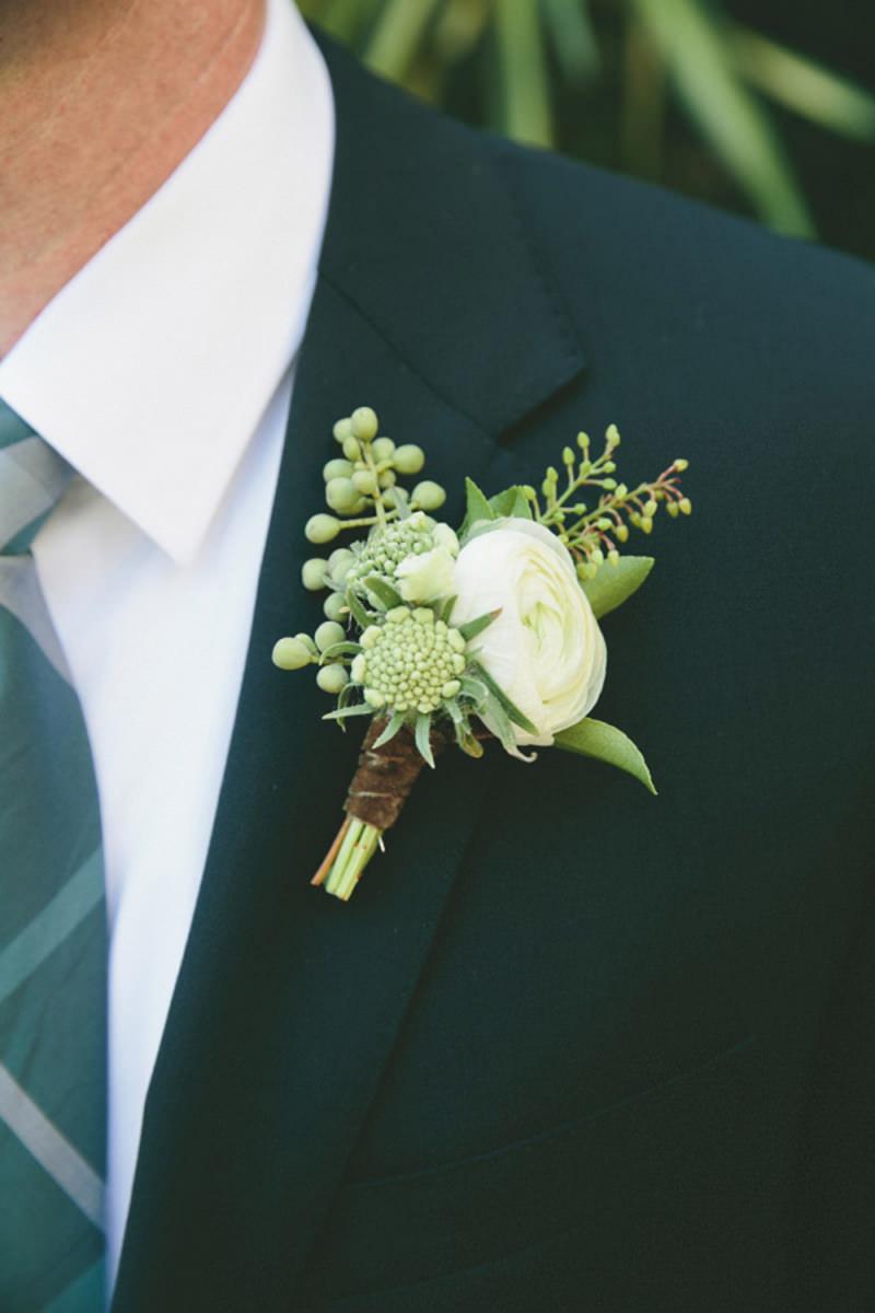 Noivo-flor-de-lapela-casamento-greenery