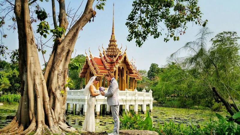 Noivos-se-casam-38-vezes-em-12-países-diferentes-tailandia-13