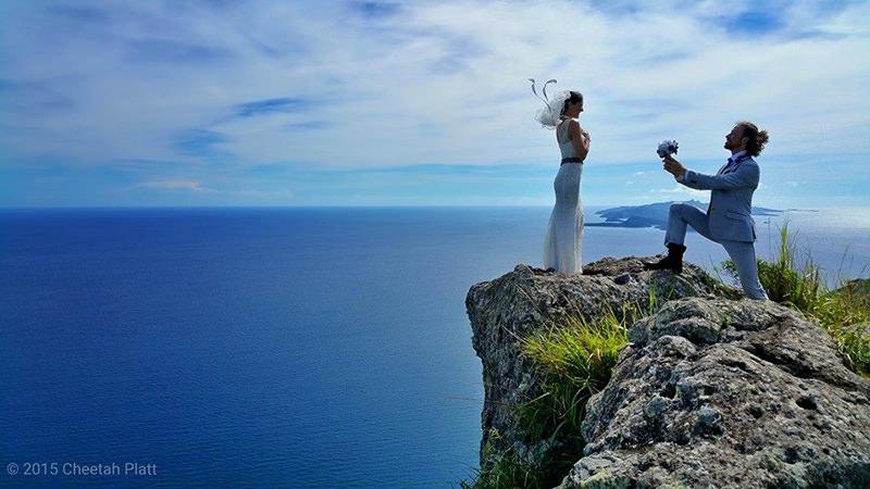 Noivos-se-casam-38-vezes-em-12-países-diferentes-waya-island-fiji-4