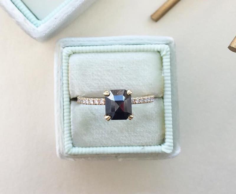 anel-de-noivado-perfeito-para-noiva-unica-diamante-negro