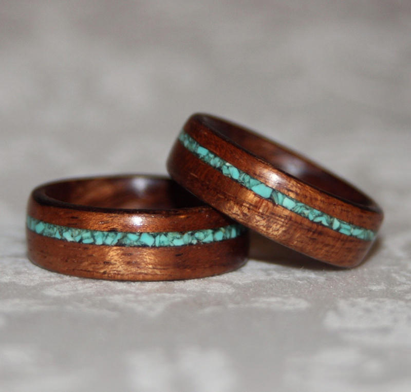 aliança-diferente-madeira