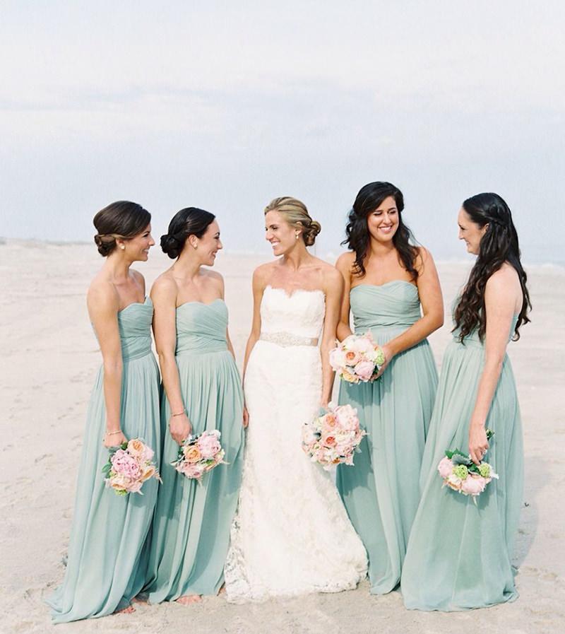 casamento-praia-madrinhas-vestido-da-mesma-cor