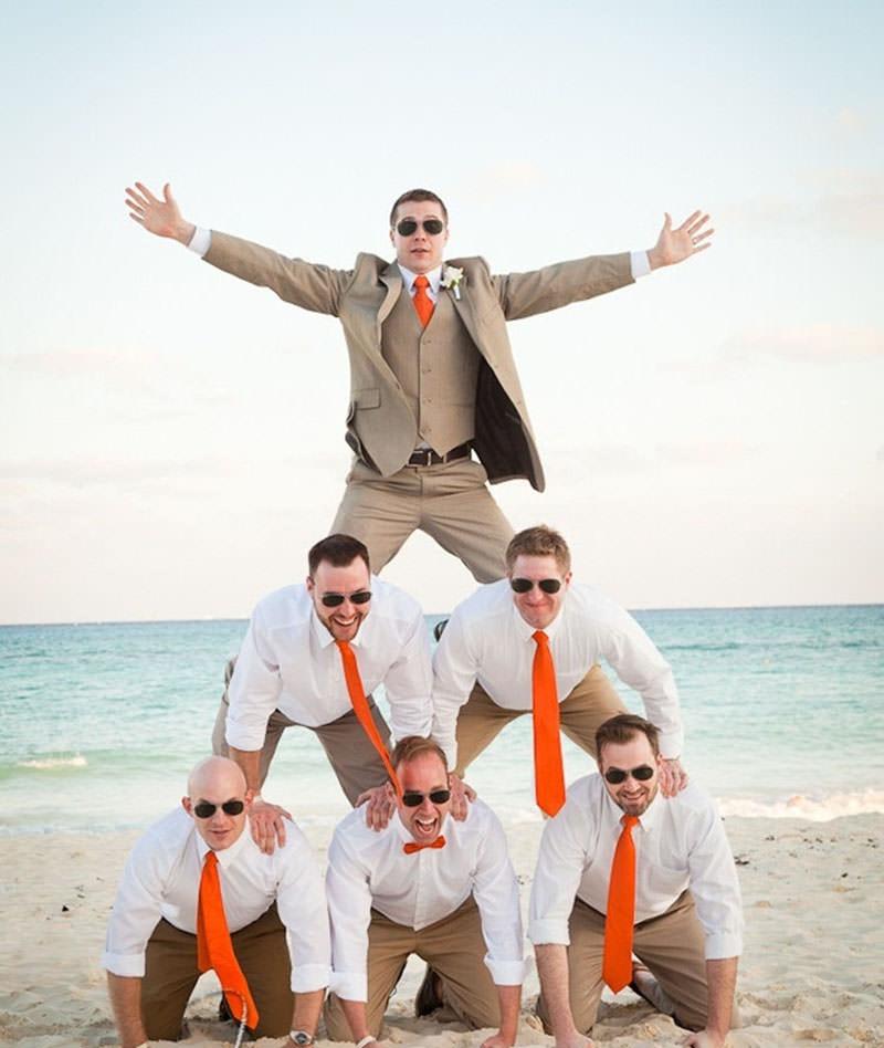 casamento-praia-noivo-padrinho