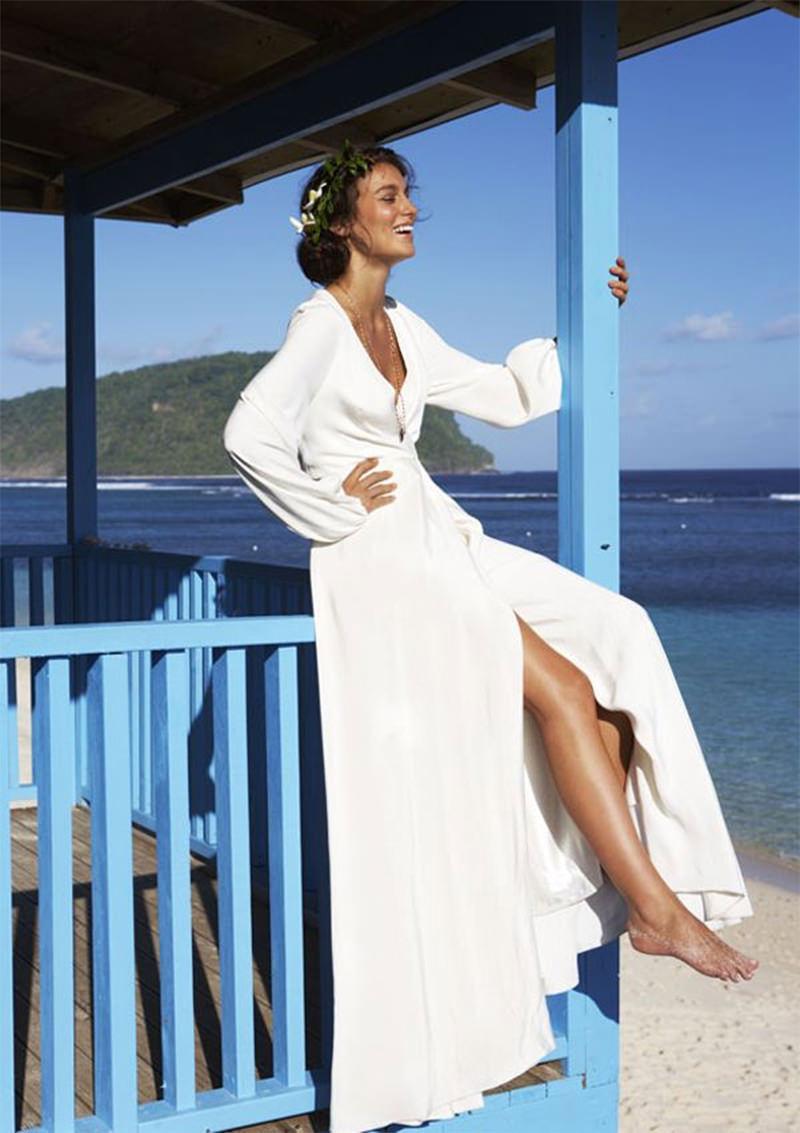noiva-casamento-praia-vestido-fenda-Constance Zahn