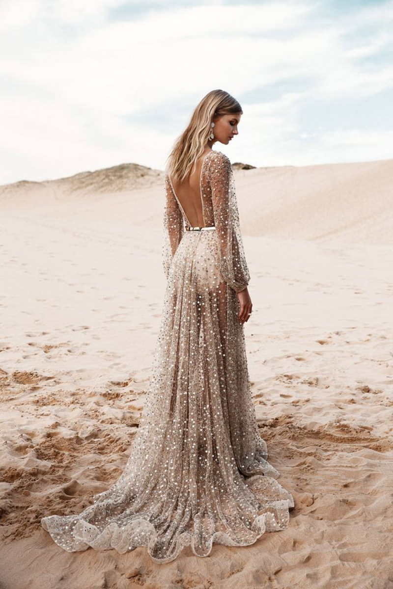 vestido-de-noiva-praia-brilho-transparencia