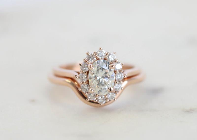 05-anel-de-noivado-diamantes-ouro-rose