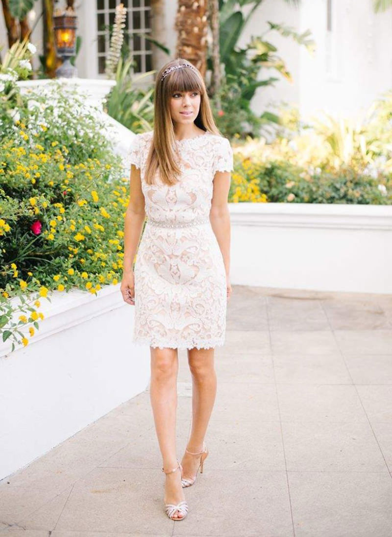 081dbe8529 Casamento apenas no civil  30 ideias de vestido para a noiva - eNoivado