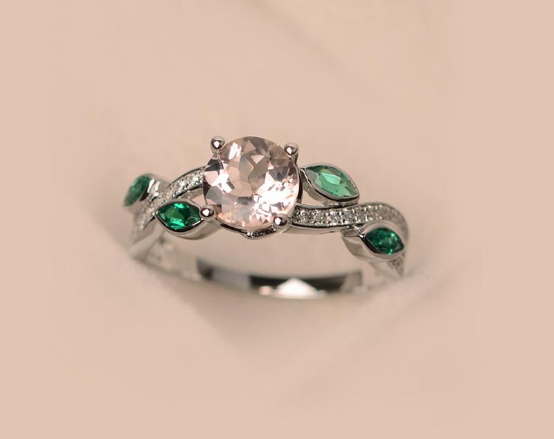 20-anel-de-noivado-esmeralda