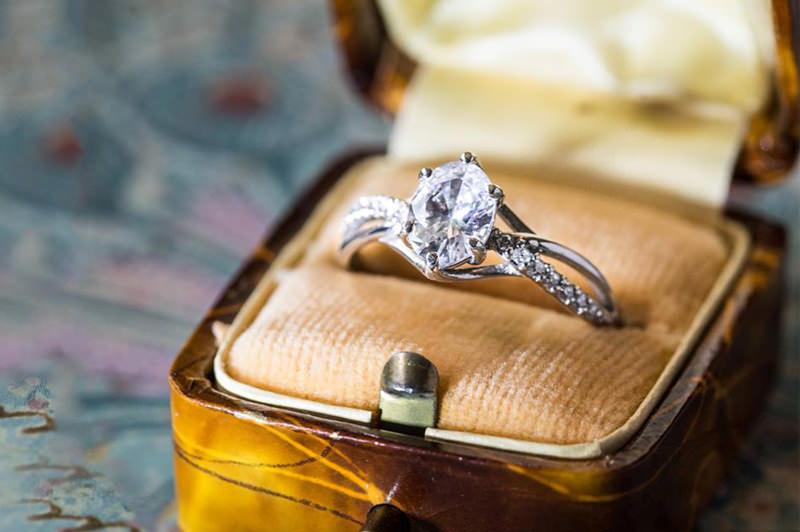 23-anel-de-noivado-na-caixinha