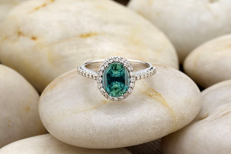 anel-de-noivado-safira-fancy