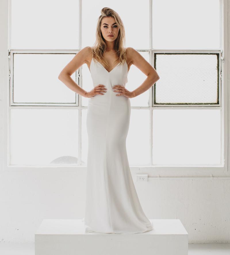 18-vestido-de-noiva-simples-reto