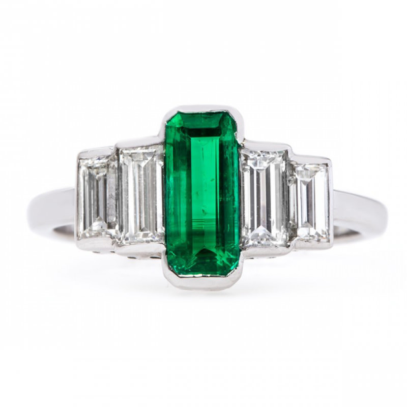 anel-de-noivado-esmeralda-e-diamante