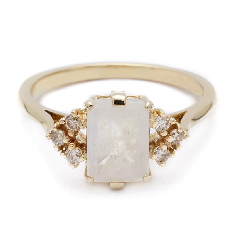 anel-de-noivado-pedra-central-quadrada