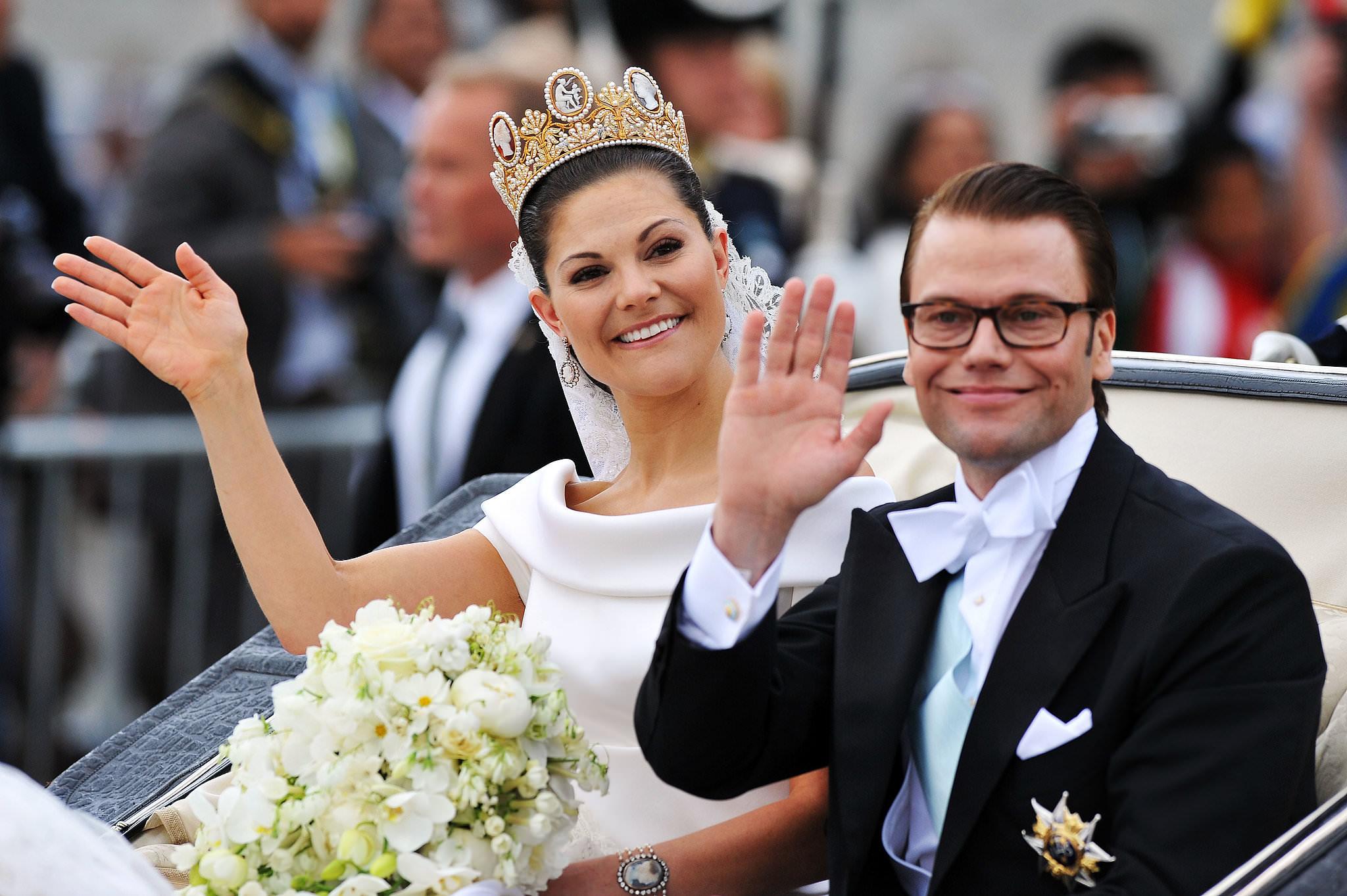 tiara-de-camafeu-princesa-victoria