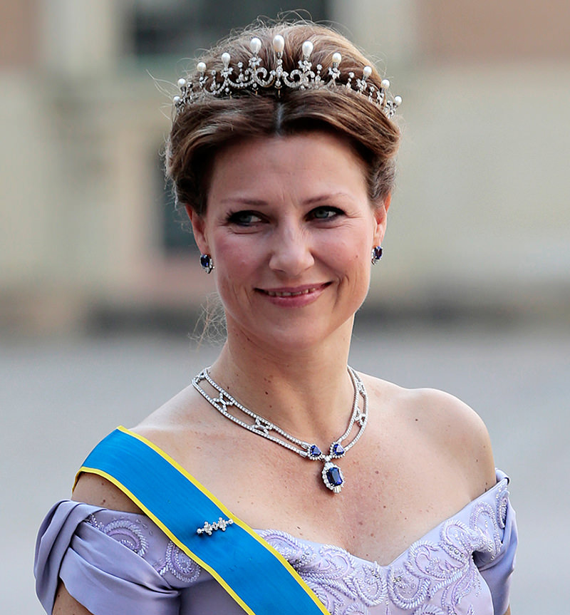 tiara-perolas-princesa-martha-louise