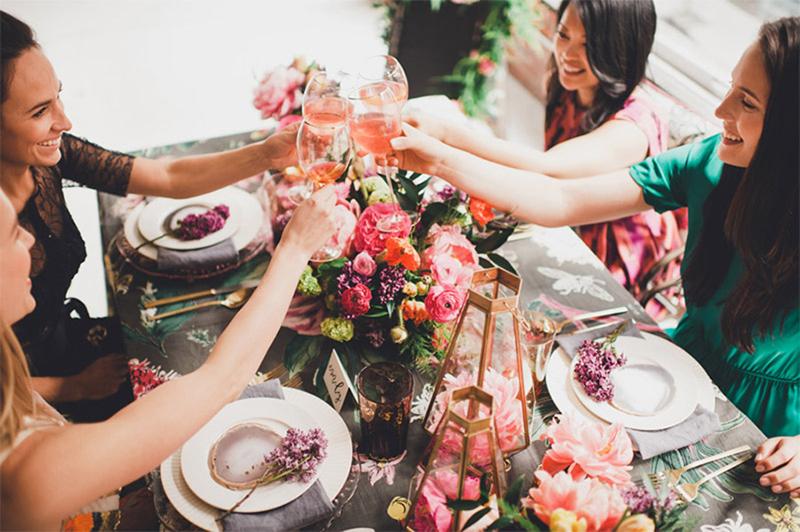 enoivado-convidados-noivado-simples