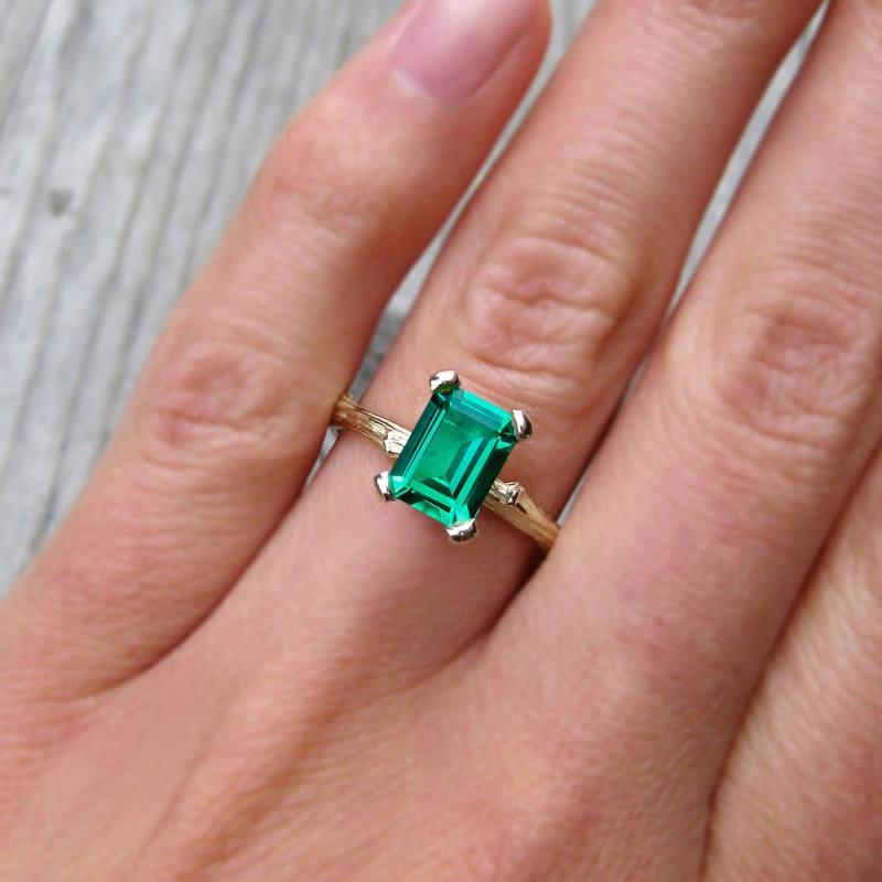 anel-de-noivado-esmeralda