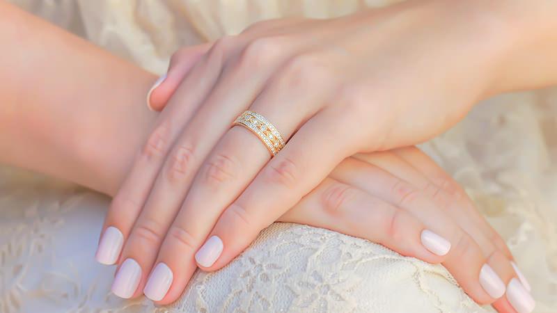 alianca_versailles_amarela-poesie-aliança-de-casamento-poesie-como-planejar-casamento