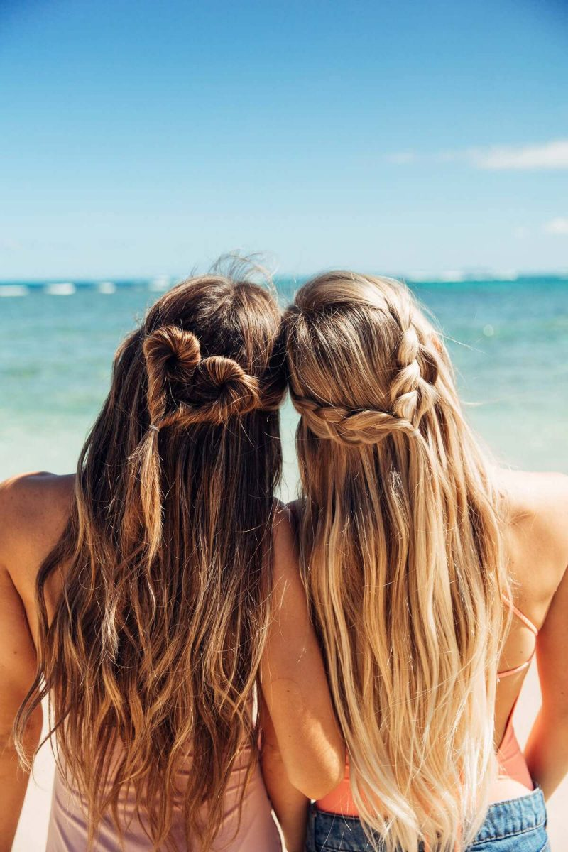 amiga-da-noiva-dica-para-noiva-nao-perder-a-cabeca-na-vespera-do-casamento-bare-foot-blonde-hair