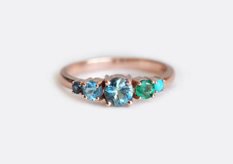 18-anel-de-noivado-com-safira-e-esmeralda