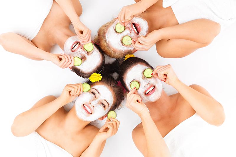 relaxando-a-noiva-spa-6-maneiras-das-madrinhas-de-casamento-ajudarem-a-noiva-a-ficar-mais-calma