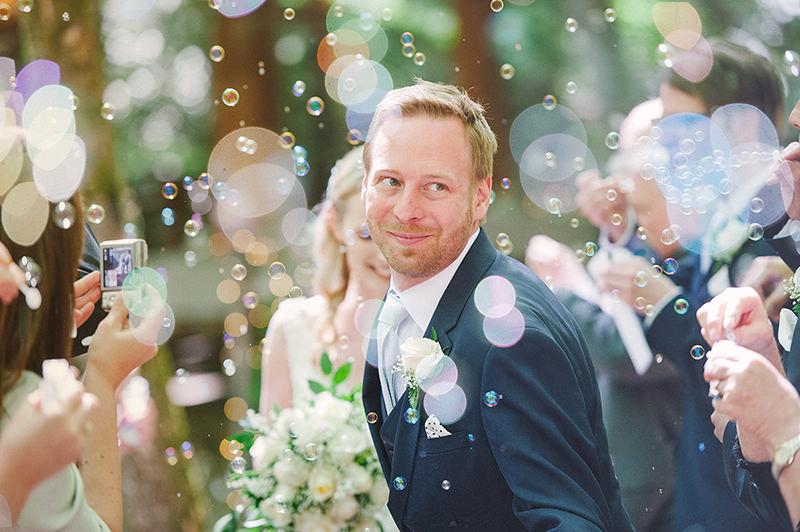 136-incriveis-fotos-de-casamento-que-parecem-obras-de-arte-noivo-feliz-noivo-emocionado-casamento