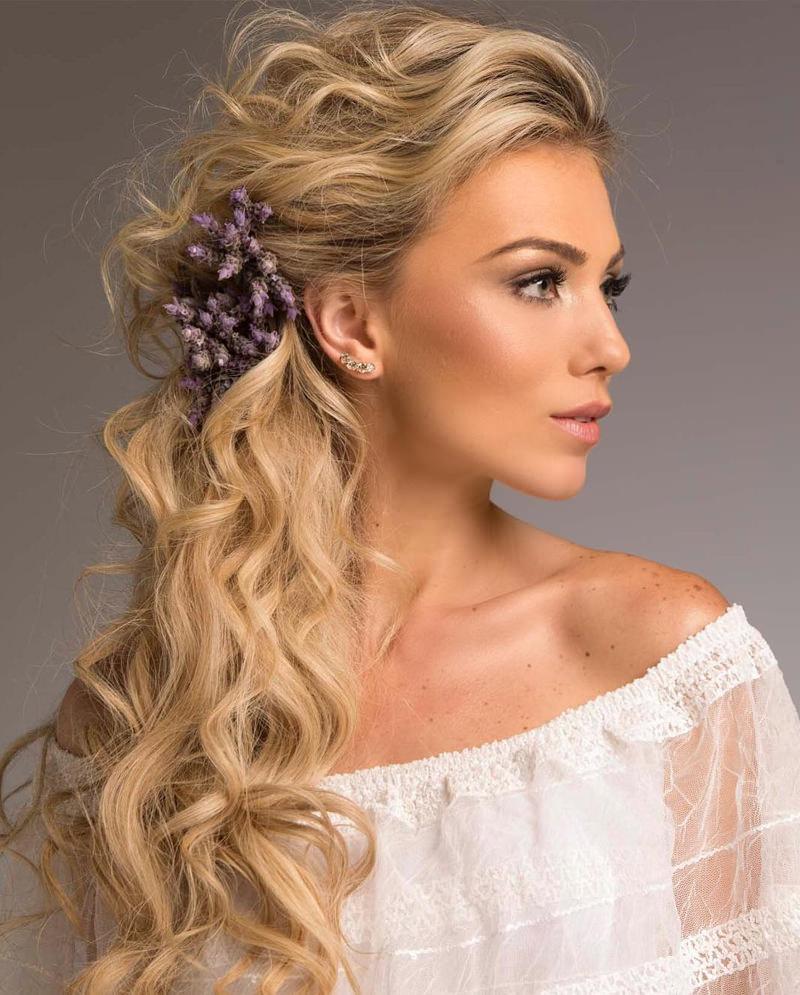 3-penteado-lateral-para-noivas