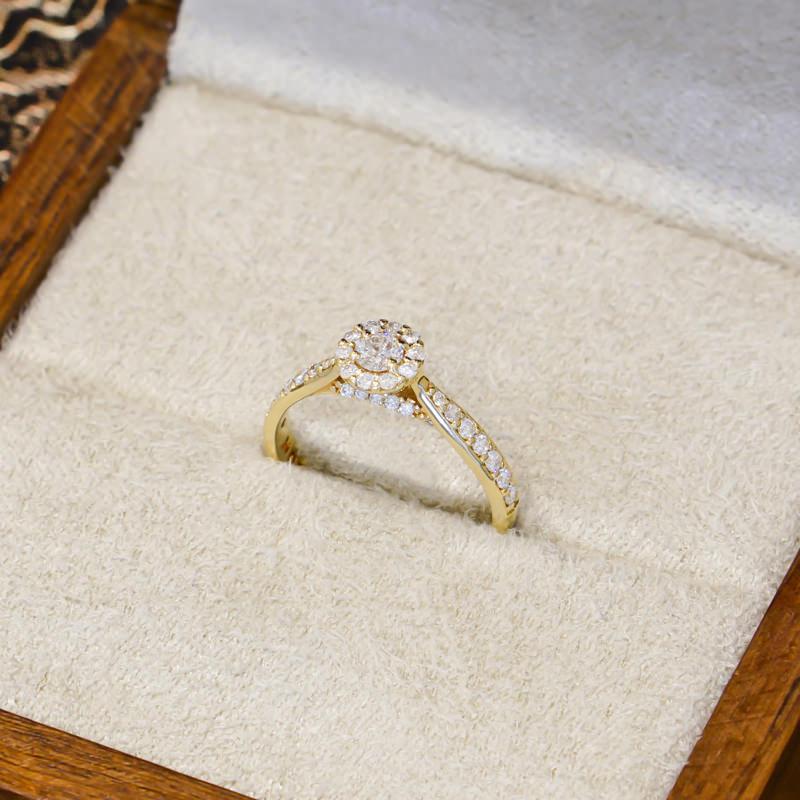 02-anel-de-noivado-de-diamantes