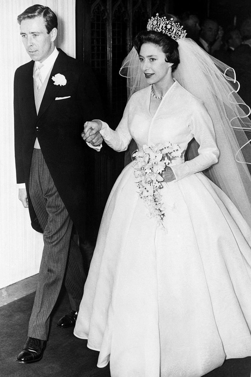 17-casamento-real-da-princesa-Margaret-vestido-de-noiva