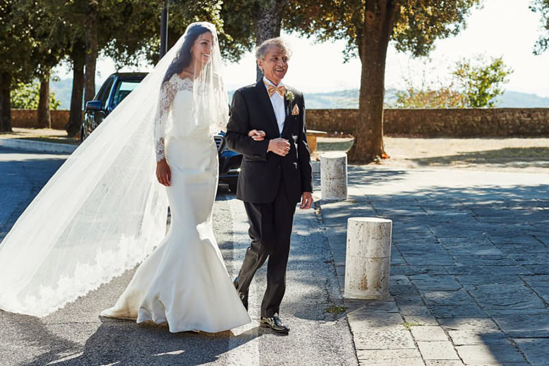 casando-de-mercedes-benz-casamento-com-carro-de-luxo-11