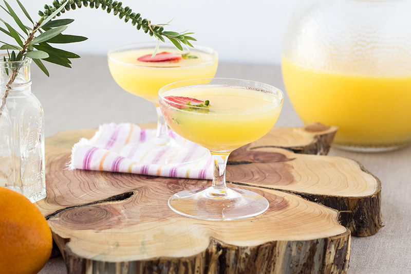 mimosa-drink-com-suco-de-laranja-e-espumante