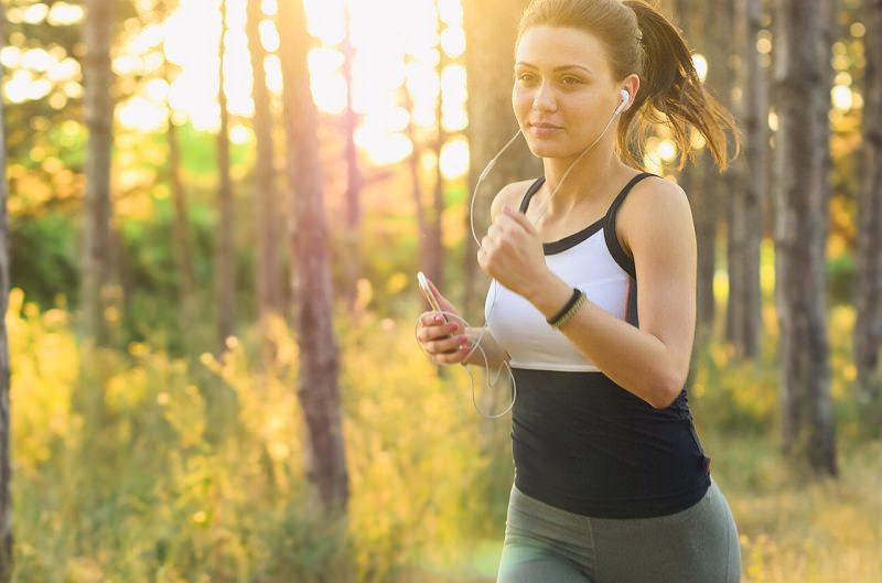 pratica-de-exercicios-fisicos-para-manter-a-forma-antes-do-casamento-regime-da-noiva