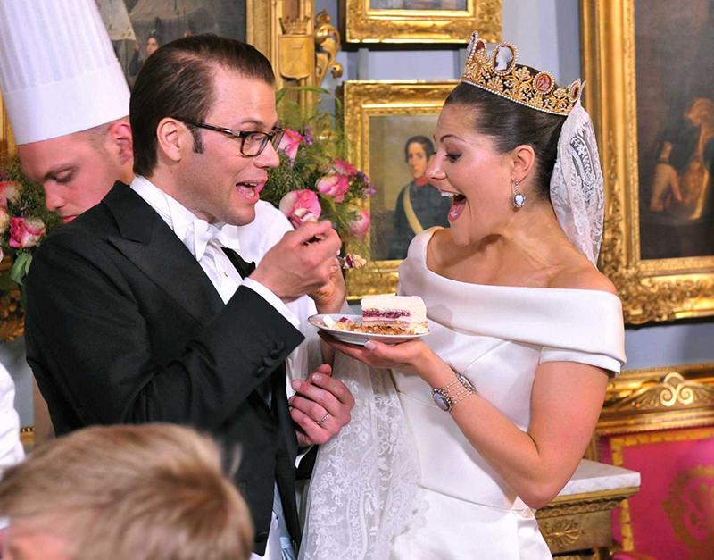rainha-victoria-da-suecia-casamento-real-1