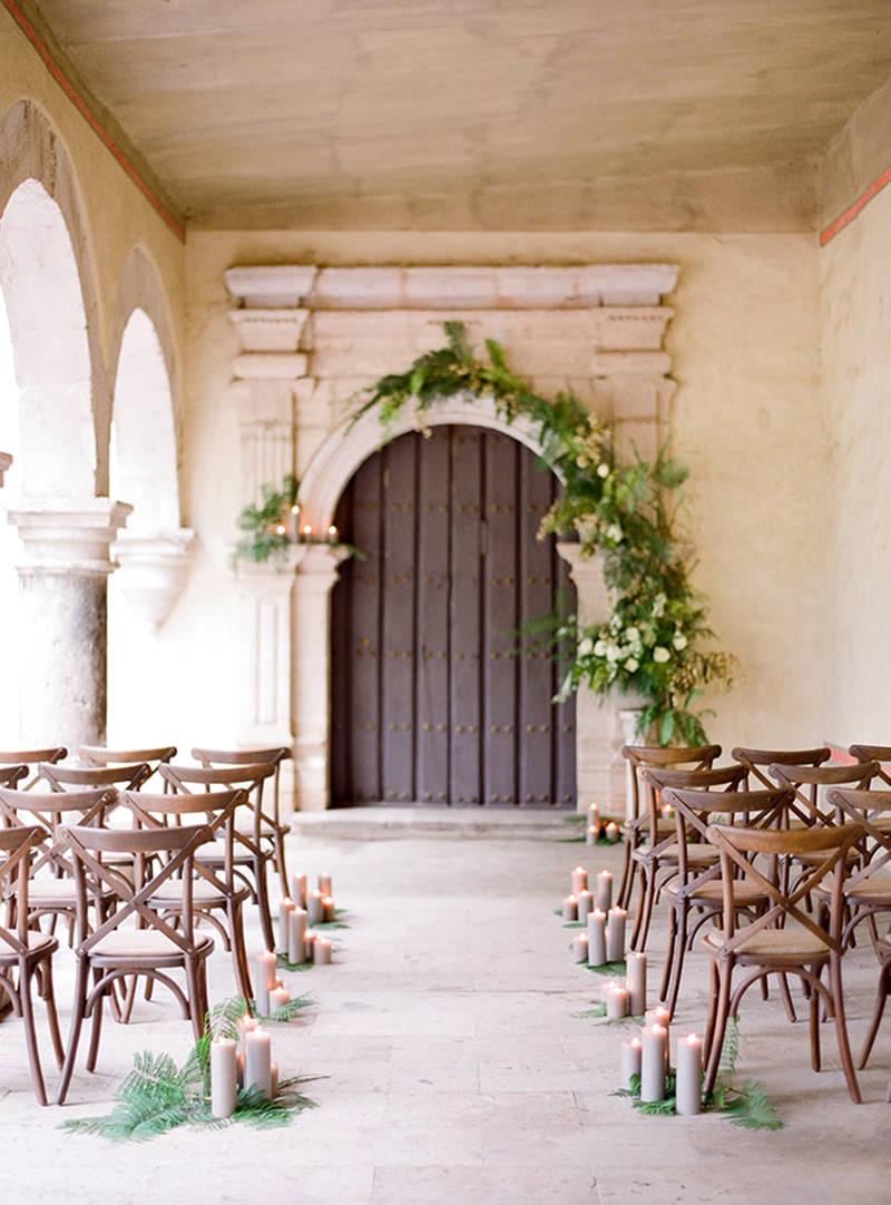 09-decoracao-de-casamento-com-folhagens-e-velas