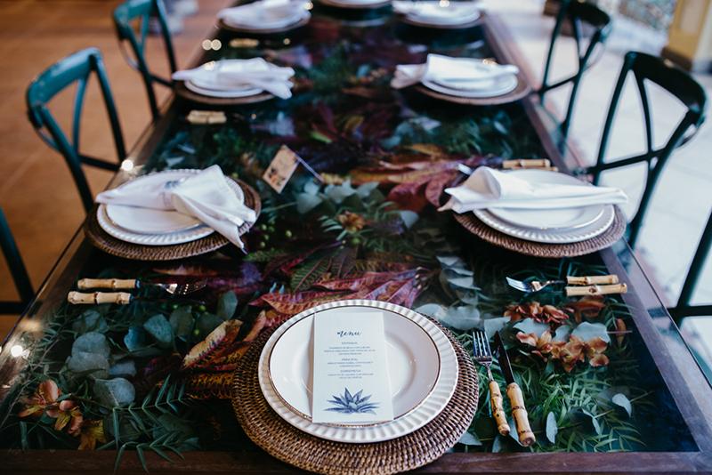 09-mesa-jantar-com-folhagens-casamento-inverno