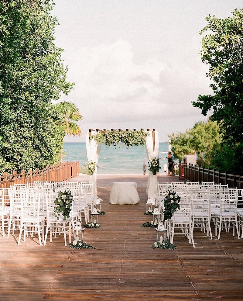 10-cerimonia-de-casamento-no-deck-com-vista-para-o-mar