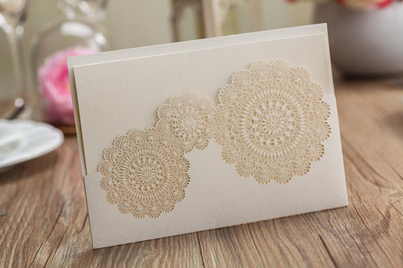 12-convite-de-casamento-rendado-em-corte-a-laser