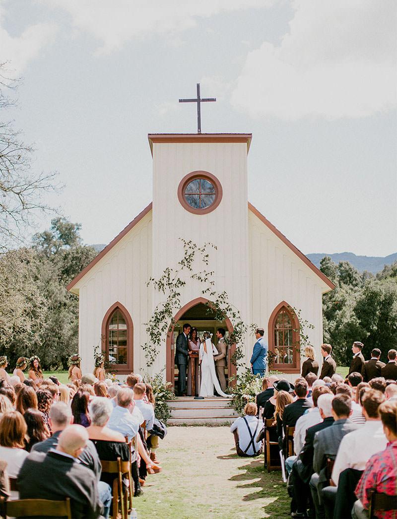 15-casamento-simples-na-capela