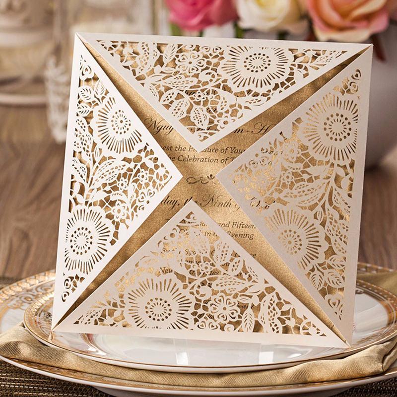 15-convite-de-casamento-chique-feito-com-papel-metalizado-e-corte-a-laser